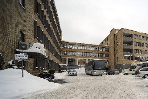 Legionella: Ferske prøver viser at det er legionella i vannet på Kongsberg sykeshus. Vestre Viken opplyser til Laagendalsposten at de foreløpig ikke vet hva som er årsaken.