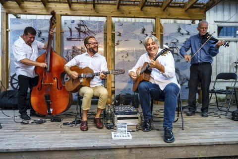 HOLDER KOKEN: Hot Club de Norvege holder konsert på Privat bar jazztorsdagen.