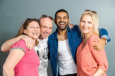 Programlederne Elisabeth Tøtte Hansen (f.v.), Jan-Erik Wilthil, Chetan Rastogi og Anne-Marit Borgen Werring gleder seg storveis til å gi lytterne morgensendinger fra alle kommunene i Buskerud gjennom hele mai.