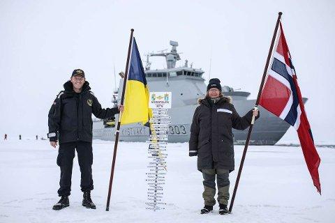 Kaptein Geir-Magne Leinebø og ekspedisjonsleder Dr. Hanne Sagen nådde frem til Nordpolen onsdag forrige uke, mye takket være satelittbilder levert av KSAT.
