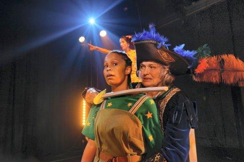 KOMMER: Kaptein Krok og Peter Pan blir å oppleve i sirkusteltet på Kvarten 14. og 15. september.