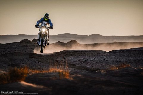 I TET: Pål Anders Ullevålseter har fått opp farten og leder Africa Race. FOTO: TEAM ULLEVÅLSETER