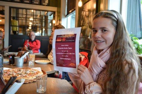 NOVELLEVINNEREN: Amanda Alice Krohn Tøien på Gamlegrendåsen skole stakk av med seieren i årets krimnovelle-konkurranse.