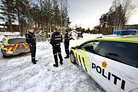 DRAMA I JONDALEN: I februar kom det meldinger om flere innbrudd i hytter ved Storli vintercamp i Jondalen. Fra venstre: Asbjørn Løvoll, Sigurd Hov og Wilhelm Eriksen Hemstad.
