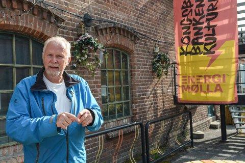 MÅ UTSETTE: På grunn av korona må Trond Skarsten, leder i Viseklubben Christian utsette to konserter på EnergiMølla.