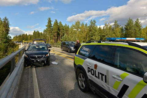 Stoppet:  Kjøreturen endte på E134 mellom Damåsen og avkjøringen til Darbu. En 50-åring fra Kongsberg er dømt til fengsel for uaktsom kjøring.