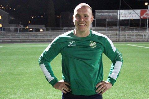 I NY DRAKT: Julian Sell skal spille for Vestfossen denne sesongen. FOTO: VESTFOSSEN IF
