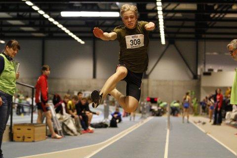 PERSET: Thomas Skalstad-Aakre er et av de største friidrettstalentene Kongsberg har hatt de siste årene. FOTO: RUNE HELLE