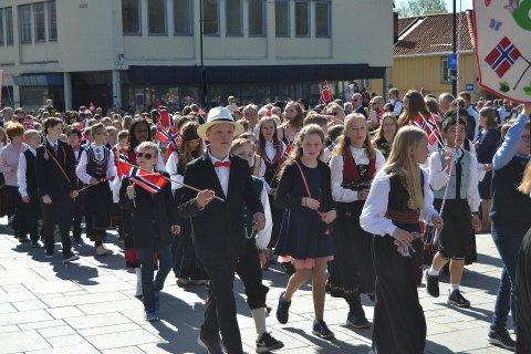 Feiring: 17. mai kommer, men spørsmålet er bare hvordan dagen skal feires, sier Just Salvesen, leder for 17. mai-komiteen i Kongsberg.  (Bildet er fra 17. mai i fjor)