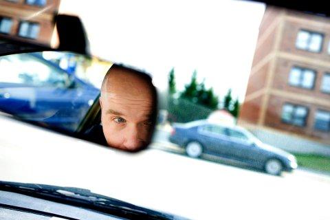 Tre av ti kjører for fort i 30-sonene mens nær halvparten gjør det i 50 sonene. Mange forklarer det med at veiene er gode.