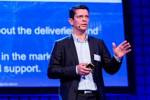 Kongsberg Gruppens konsernsjef, Geir Håøy, frykter at de største effektene av Covid-19 vil ligge fram i tid for Kongsberg Maritime.
