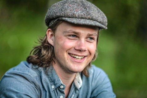 TIL NEDERLAND: Sigurd Brevik (18) fra Veungsdalen i Kongsberg er klar for fire åre tubastudier i Amsterdam.