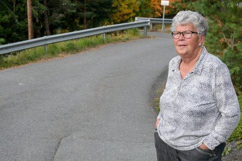 LIVREDD: - Jeg er blitt redd for å gå ute, sier 83 år gamle Tove Hammelbo etter vonde møter med syklister og el-sparkesyklister.