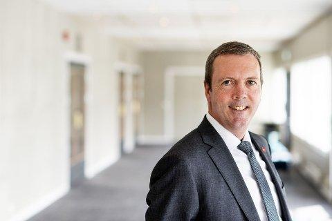 Arne-Rune Gjelsvik er fylkestingsrepresentant i Viken for Fremskrittspartiet