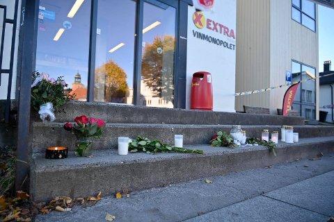 STENGT: Coop Extra og Vinmonopolet holder fortsatt stengt gjennom helgen.  Foto: Rune Folkedal