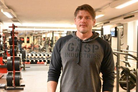 TUNGT: Eier av KBG Fitness Club,Tor Jensås, er frustrert over at han igjen må stenge treningssenteret. Foto: Natalia C. Heinrich