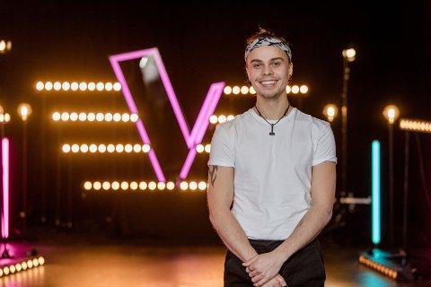 KOM VIDERE: Da Natan (22) skjønte at han hadde blitt meldt på The Voice, regnet han ikke med å komme videre, nå er han videre til live-sendingene.  Foto: Tv2