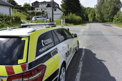 NOK EN ULYKKE: Forrige torsdag var det nok en ulykke langs Vestsideveien. Denne gang mellom bil og syklist.