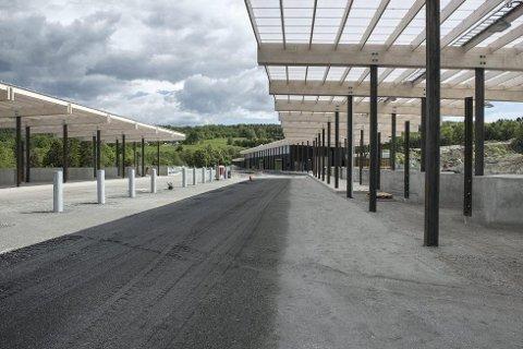 MANGLER ASFALT: Lyngås gjenvinningsstasjon stenges fra 5. til 8. august for asfaltering.