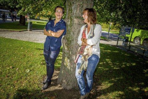Blide, men uenige: Ordførerkandidatene Gunn Cecilie Ringdal og Tonje Evju er enige om mange av målene, men ikke om hvordan disse skal nås på best mulig måte. foto: Simen Næss Hagen