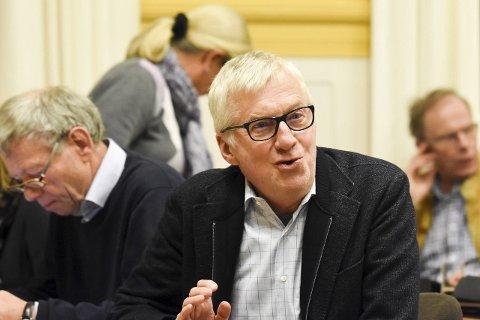 NÆRMER SEG VEDTAK: I løpet av de kommende fire-fem ukene skal Liers politikere, her representert ved Søren Falch Zapffe, avklare hvordan Lier skal forholde seg til kommunereformen.