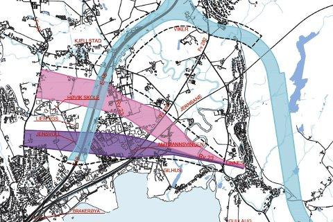 DETTE SKAL UTREDES: Statens vegvesen foreslår å utrede tre alternative traseer for fremføringen av riksvei 23 til E18. Liers politikere anbefaler det blå alternativet. Planprogrammet skal nå ut på høring.