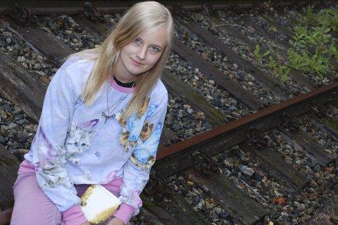 STIPENDVINNER: Lierforfatter Kristine Oseth Gustavsen (26) har fått stipend fra fylkeskommunen på 20.000 kroner. Arkivfoto: Stein Styve