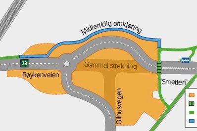 LEGGER OM VEIEN: I forbindelse med forarbeidene til nye riksvei 23, etablerer veivesenet en midlertidig rundkjøring på Gilhus.