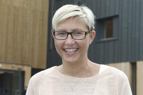 Nyansatt: Anja Hoff er nyansatt demenskoordinator i Lier kommune, med kontor på Fosshagen sykehjem.     FOTO: ERIK MODAL