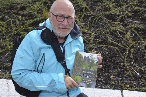I FORM: En sprek Per Kristian Strand (63) har skrevet bok om fotturen gjennom England. Nå står Skottland for tur.Tekst og foto: Stein Styve