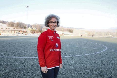 GLEDER SEG: Christin Ekker Ruth ser fram til å få Lier stadion som fast arbeidsplass.