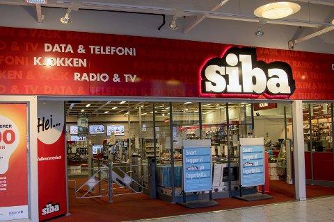 LEGGER SIBA PÅ LAGERHYLLA: SIBA Liertoppen lukker dørene for å bygge om til en NetOnNet lagershop.