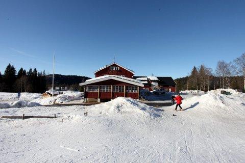 IKKE NOK SNØ: Slik så det ut på Eiksetra påsken 2013. I år har mildværet satt en stopper for flere planlagte vintersportsarrangementer.