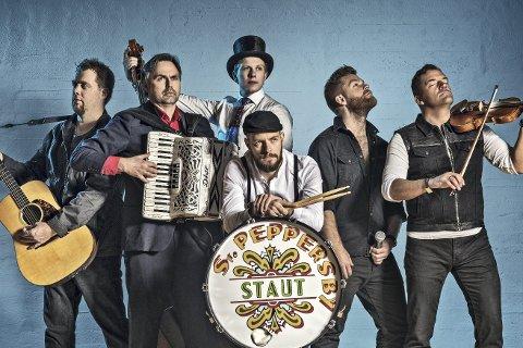 STAUT: Valdres-bandet trekker fulle hus med en kombinasjon av folkemusikk, rock og country, og skal sørge for å skape liv på Svensefjøset til Lierdagene 2017.