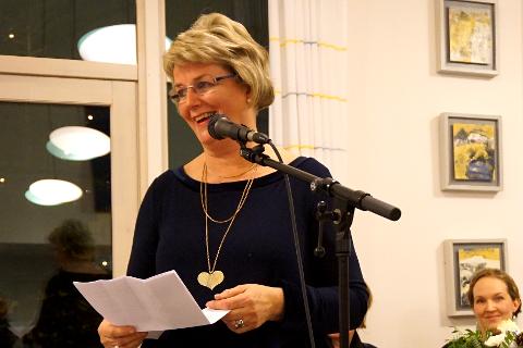 TAKKER AV: Anne Grethe Wexhal ble takket av etter 17 år som virksomhetsleder.