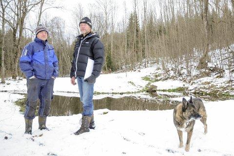 Kjemper mot: Gjermund Gravdal (t.v.) og Erik Hennum har kjempet mot utbyggingen på Klinkenberghagen. Tirsdag fikk de delvis medhold i kommunestyret.