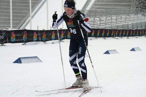 SÅÅÅ NÆRE: Kun ett eneste tidels sekund skilte Linnea Winsvold fra bronseplassen under Hovedlandsrennet i skiskyting.