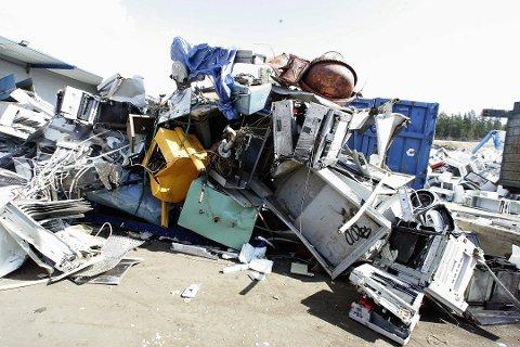 TRUES MED STANS: Stena Recycling på Ausenfjellet i Sørum får kraftig kritikk for utslipp av miljøgifter.