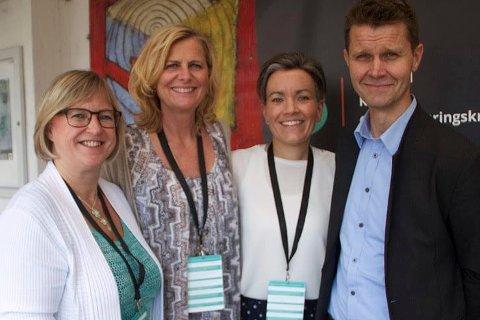 DELTOK: Alle de tre ordførerne og medlemmende i representantskapet til Viva IKS var tilstede under konferansen som ble arrangert av Viva IKS. Fra venstre: Eva Norén Eriksen, Monica Vee Bratlie, Gunn Cecilie Ringdal og Arne Johan Grimsbo.