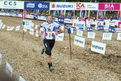 STERK FEMTEPLASS I JUNIOR-EM: Synne Strand gjorde sine saker bra under langdistansen lørdag. Her fra et orienteringsløp i Sälen i Sverige i fjor sommer.