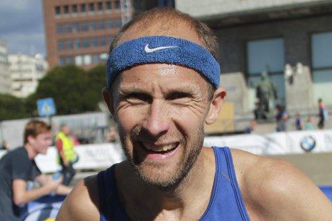 I FORM: Øystein Mørk imponerte da han løp maraton på 2,43 i Oslo. 43-åringen er fortsatt god nok til å kjempe i toppen i landets største maratonløp.