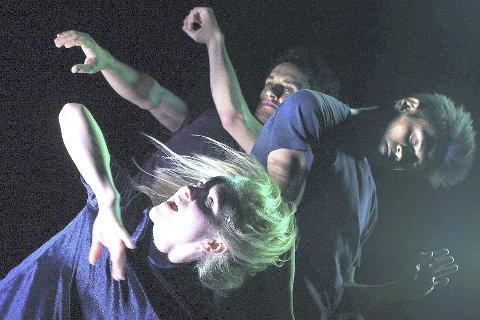 NÆRT MØTE: I Make me dance forteller utøverne om hvorfor de danser og hva som får dem til å ville danse.