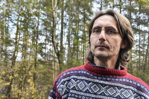 KRITISK: Erik Jacobsen, leder av Naturvernforbundet i Lier, mener det er en dårlig idé å etablere en idretts- og friluftspark i Tomineborgdalen.