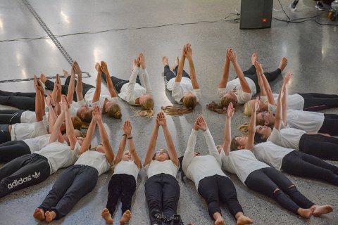 SOLDANS? Dans er samhandling, noe elevene fra Lier kulturskole viser et godt eksempel på her.