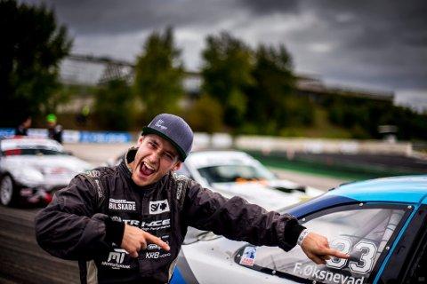 AVSLUTTET MED ANNENPLASS: Fredrik Øksnevad avsluttet sesongen Drift-GP-serien med å bli nummer to i Ungarn.
