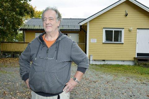 TRIST: Arvid Michalsen synes det er trist om forsamlingshuset ikke lenger skal kunne leies ut til private selskaper og arrangementer, og ber kommunen om å vurdere å bruke private aktører til å ta seg av drift og utleie.
