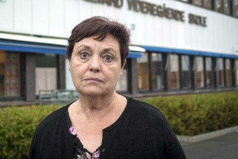 Sterkt berørt: Rektor Unni Aadalen på St. Hallvard videregående skole, sier angrepet på 16-åringen har gått hardt inn på henne.bilder: RUNE FOLKEDAL