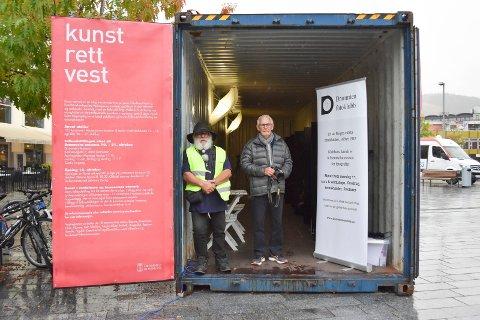 FOTO: Verket Drammen fotoklubb stiller ut setter fokus på forbrukersamfunnet hvor kapitalen råder.