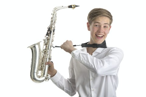 KLAR: Herman Støa Sannes har spilt saksofon i mange år, og er en av flere musikere som skal opptre.