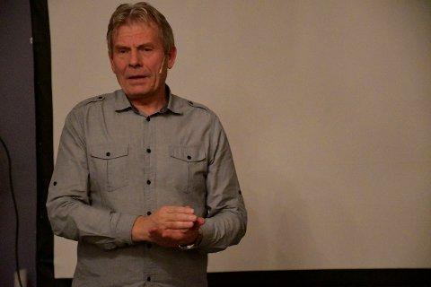 ENGASJERT: Og bekymret. Arne Nævras foredrag i Lierskogen kulturkirke var en hyllest til naturen, men samtidig en urovekkende tilstandsrapport.